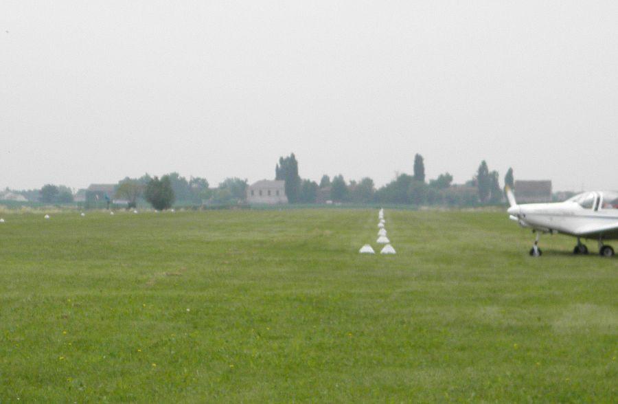 Cecina (Livorno): cade ultraleggero, muoiono i due piloti del mezzo