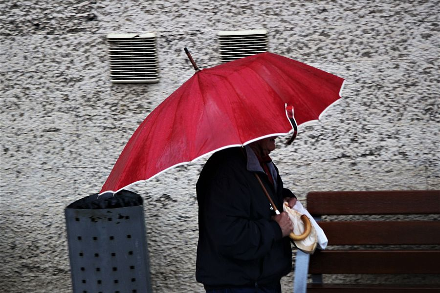 Nuova allerta meteo sulla Puglia, da stanotte arrivano venti di burrasca
