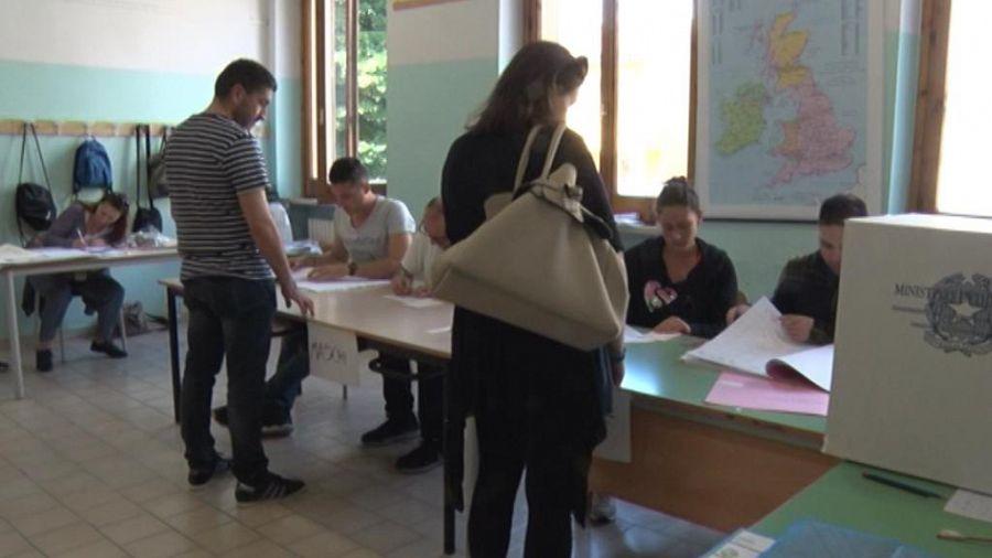 Riccardo Tarabella nuovo sindaco di Seravezza, Giorgi battuto sul filo di lana