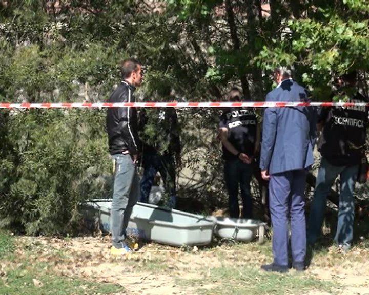 Cadavere carbonizzato trovato in un'auto al San Pio X