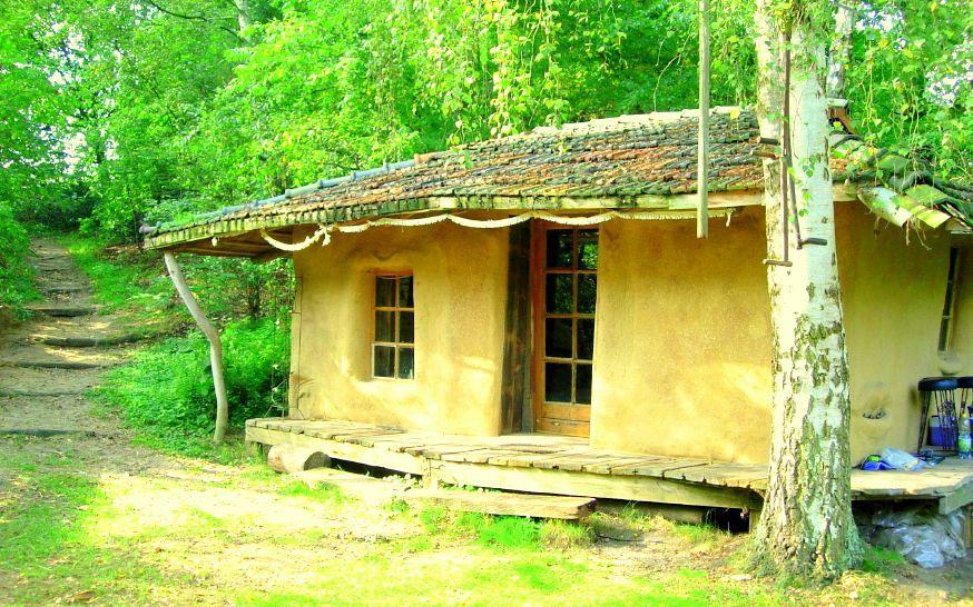 Un seminario per costruire case con la paglia attualit - Costruire una casa in paglia ...