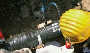 Guarnizione si allenta fuoriesce il gas cronaca castel - Tubazioni gas metano interrate ...