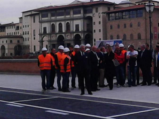 Lungarno Torrigiani, Casapound: