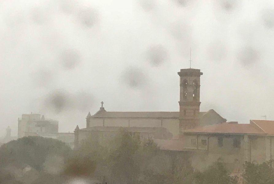 Pioggia e vento forte, lunedì di maltempo