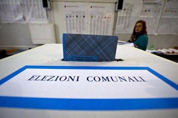 Matteo Salvini: La sindaca di Cascina riteneva aberrante il testo di Imagine