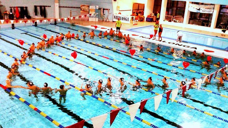 Nuoto non stop per ricordare vale attualit pontedera for Piscina pontedera