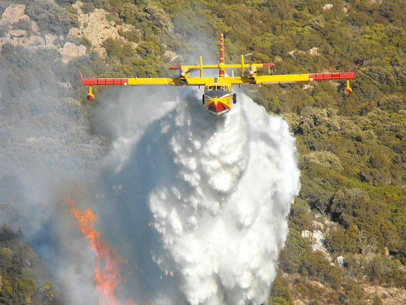 Toscana, boschi in fiamme, 20 i roghi