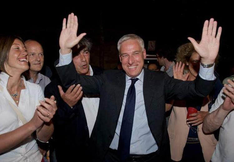 Caos elezioni a Viareggio: Giorgio del Ghingaro di nuovo sindaco