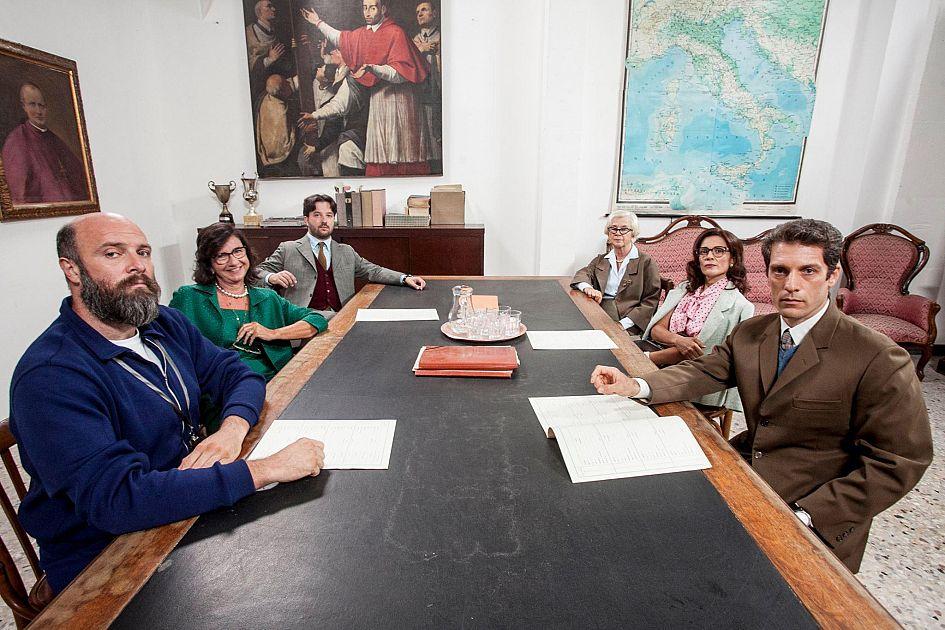 Collegio professore incontri studenti