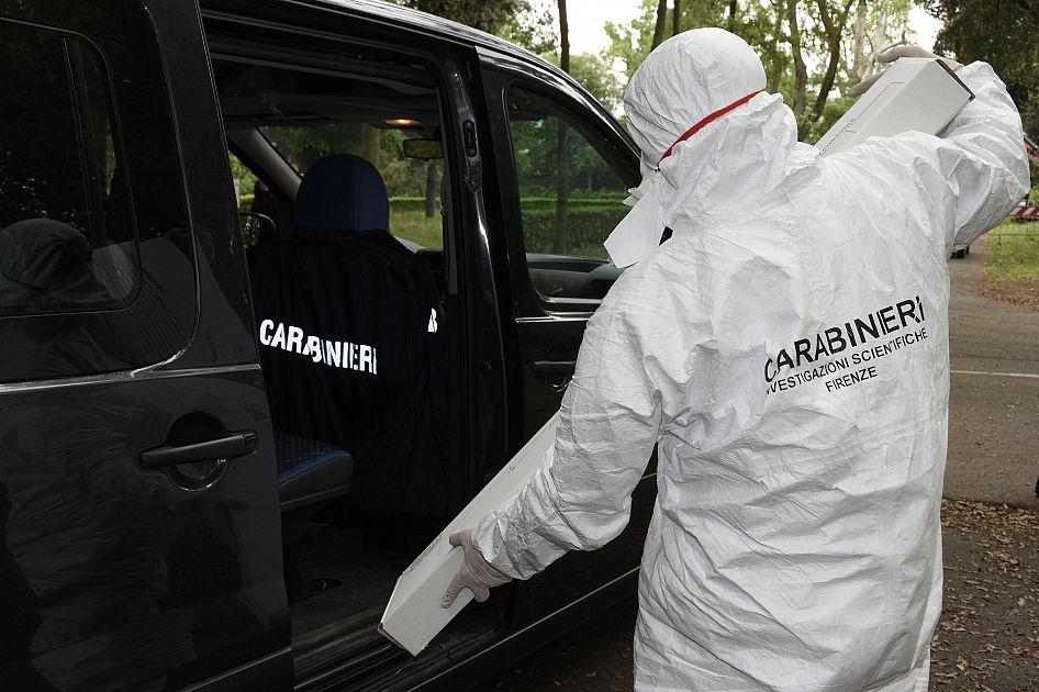 Cadavere nella roulotte, indagini per omicidio - Toscana Media News