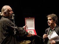 """Paolo Pasi con Eugenio Finardi sul palco del """"Premio Ciampi"""" 2012"""