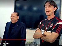 Berlusconi con Filippo Inzaghi, ai tempi in cui allenava il Milan
