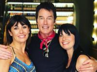 Ron Moss con Sara di Vaira e la sorella della ballerina ( foto Instagram )