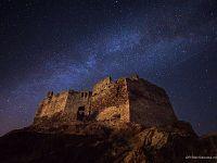 Fortezza del Volterraio di notte (foto di Roberto Ridi)