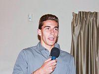 Marco Tomaiulo mentre racconta la sua esperienza in un congresso sulla dislessia (Foto da Fb)