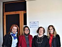 La preside Battaglini Soroptimist Laura Marcattilj, la past presidente Doriana Castaldi e la futura dirigente del club al femminile Rossella Celebrini