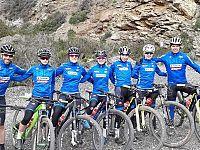 Gli atleti azzurri in ritiro all'Elba nel 2019
