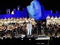 La prima edizione del Teatro del Silenzio nel 2006
