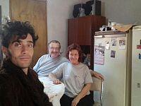 Alejandro a Rosario con i genitori