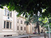 L'ingresso della scuola Del Lungo a Montevarchi