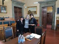 Piera e Rasha con l'assessora Margherita Di Giorgi