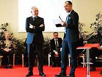 Tiziano Nocentini durante la premiazione- Foto Confcommercio Elba