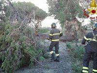 I vigili del fuoco al lavoro sulla Geodetica