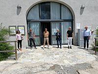 Nella foto cinque dei sette consiglieri presenti alla seduta di oggi e il  direttore Burlando