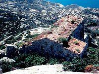Monastero sull'isola di Montecristo
