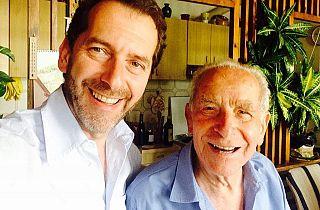 Federico Gelli insieme al padre Loris