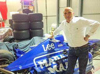 Armando Mangini con la sua Formula 3000