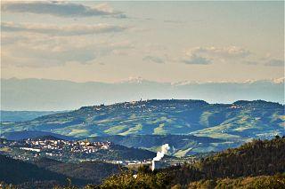 Un panorama della Valdicecina