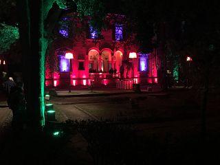 Villa Crastan di notte
