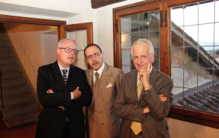 A sinistra Carlo Lancia, direttore di Ance Toscana, Antonio Maria Orazi e Vittorio Armani ex direttore di Confindustria Lucca.