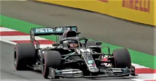 Lewis Hamilton su Mercedes