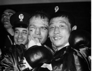 Sandro Mazzinghi vs Ki Soo Kim 26/05/1968 WBC/WBA light Middleweight Title