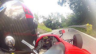 Fabrizio Bonacchi durante l'esercizio della sua più grande passione, guidare una monoposto (foto da fb)