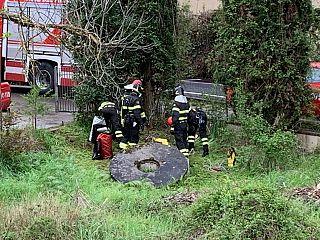 Il pozzo dove si era gettato l'uomo dopo l'omicidio