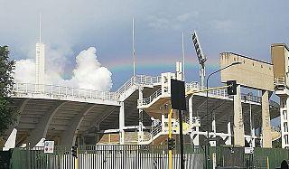 In foto l'arcobaleno sullo stadio Artemio Franchi