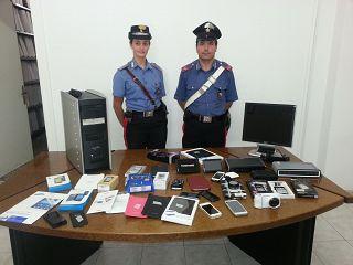 La refurtiva recuperata dai carabinieri di Pontedera