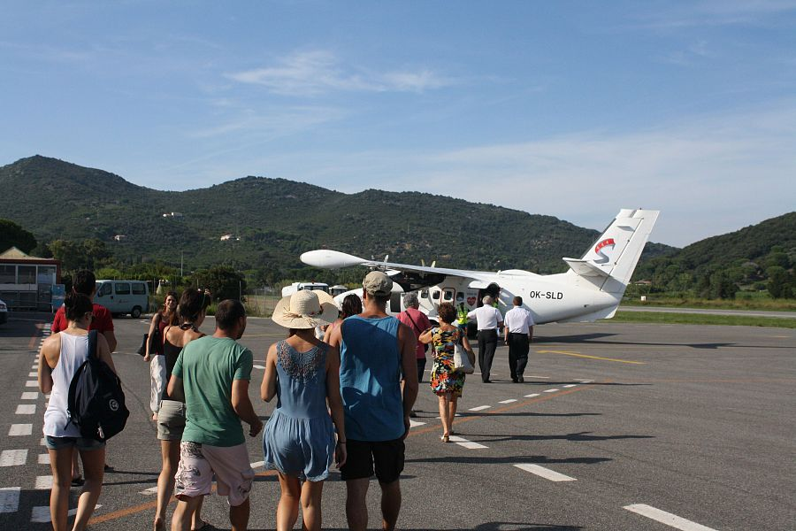 Aeroporto Elba Allungamento Pista : Aeroporto via ai voli ma senza i fondi regionali