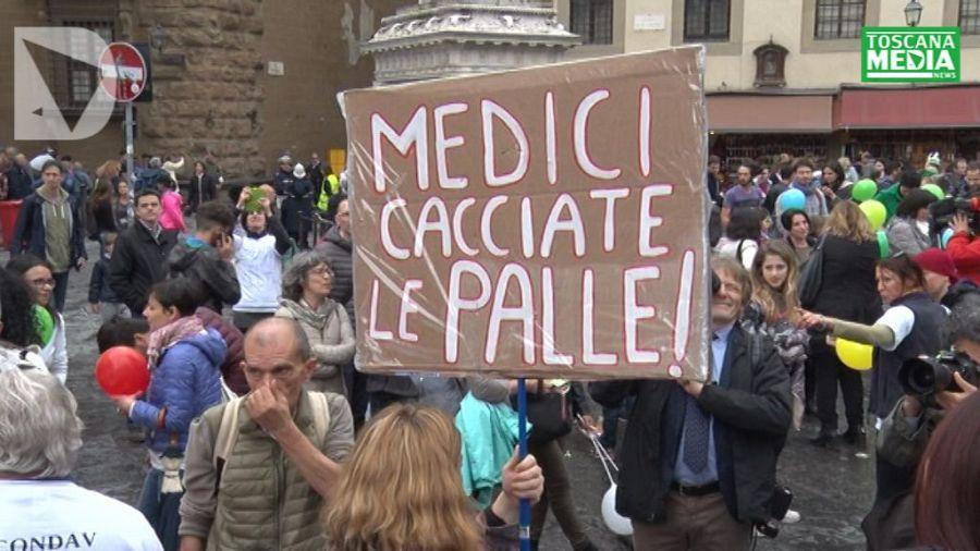 Ufficio Vaccinazioni A Prato : Meningite scatta la profilassi dal parrucchiere attualità prato