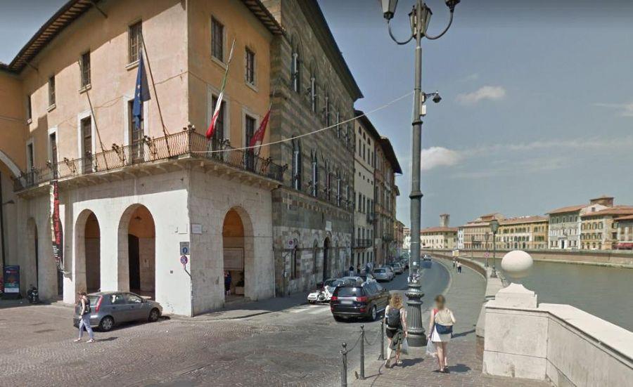 Ufficio Lavoro Pisa : Pisa vista dall alto con l occhio dei droni due video per le mura