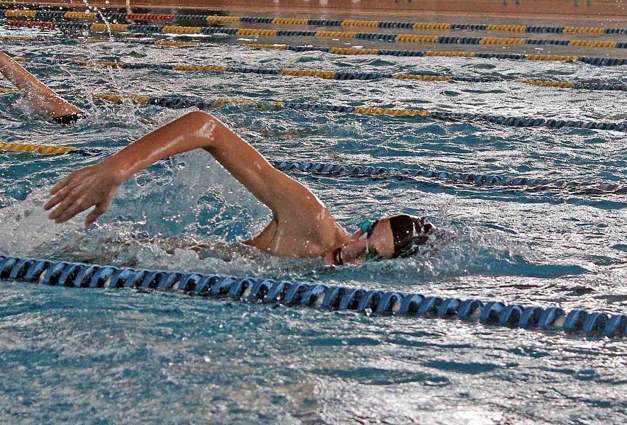 Duecento atleti in piscina per la tappa csi sport pontedera - Nuoto in piscina ...