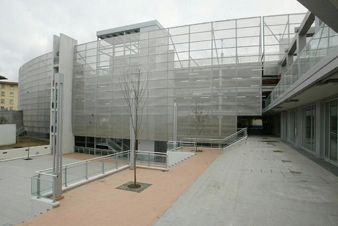 https://cdn.quinews.net/slir/w900-h600/images/9/7/97-parcheggio-piazza-alberti.jpg